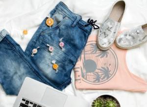 Jeansy damskie – najciekawsze fasony