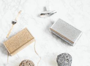 Metaliczne kopertówki – dodaj blasku stylizacji