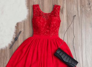 Sukienki na walentynki – zmysłowe modele