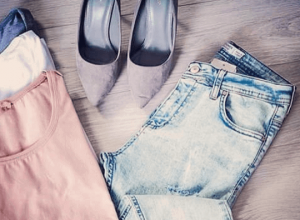 Spodnie jeansy – jakie fasony są modne?