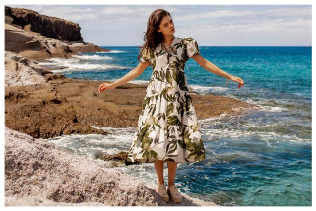 Najlepsze letnie stylizacje z sukienkami – top 5